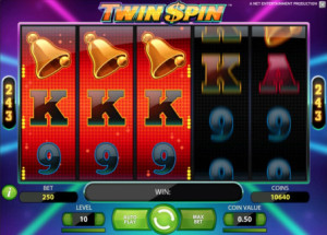 Twin Spin Slot Feature